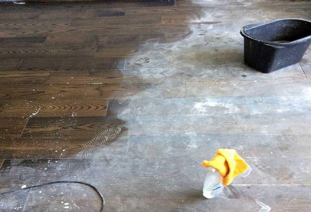 особенности очищения плитки от грунтовки